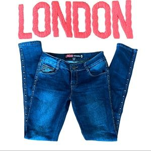 London Jean Low Rise Skinny Fit with Studs Sz 5